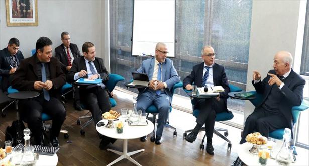 اللجنة الخاصة بالنموذج التنموي تعقد جلسة استماع مع ممثلي اتحاد غرف التجارة والصناعة والخدمات