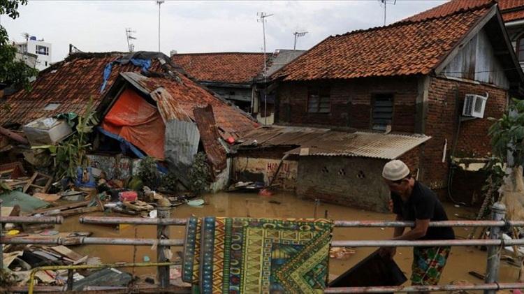 إندونيسيا.. تضرر أكثر من 7 آلاف شخص من السيول
