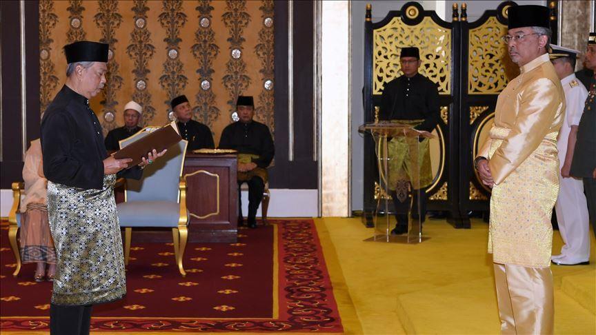 """رئيس وزراء ماليزيا الجديد.. صعود """"انتهازي"""" إلى السلطة؟ (بروفايل)"""