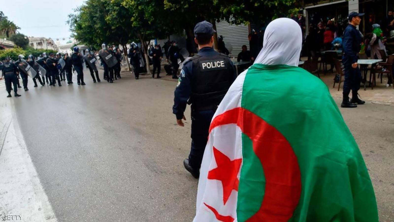 قتل محامية بالجزائر