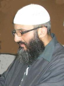 نقد لمقال: راهنية التخييل عند الزمخشري في مواجهة الفهم الحرفي للنص المقدس (القرآن)
