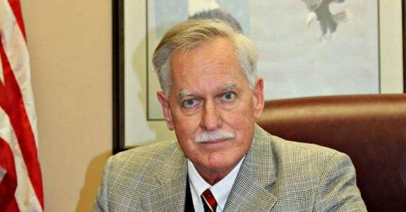 «روبرت دوجار».. مرشح للكونجرس خطط لمذبحة في حي للمسلمين بنيويورك