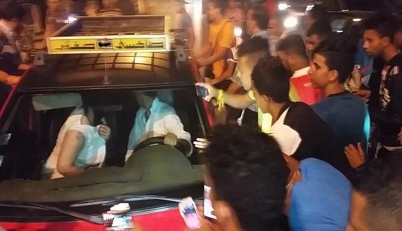 بالفيديو: «مواطنون بينهم ملتحي يحاولون قتل «مثلي» وسط فاس»