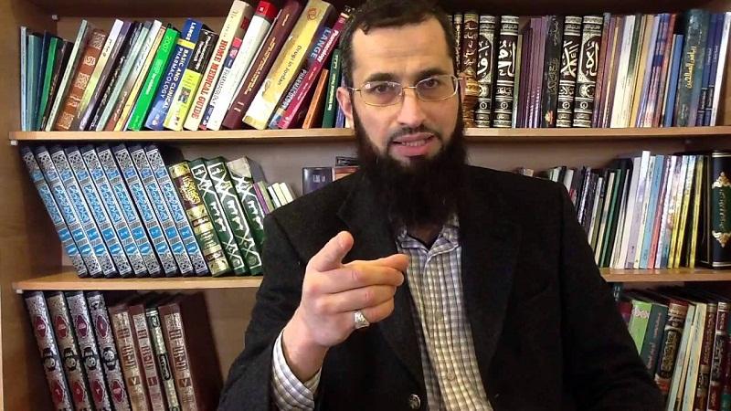 إياد قنيبي يكتب: أريد طالبي جاهلا لئلا ينافسني!!