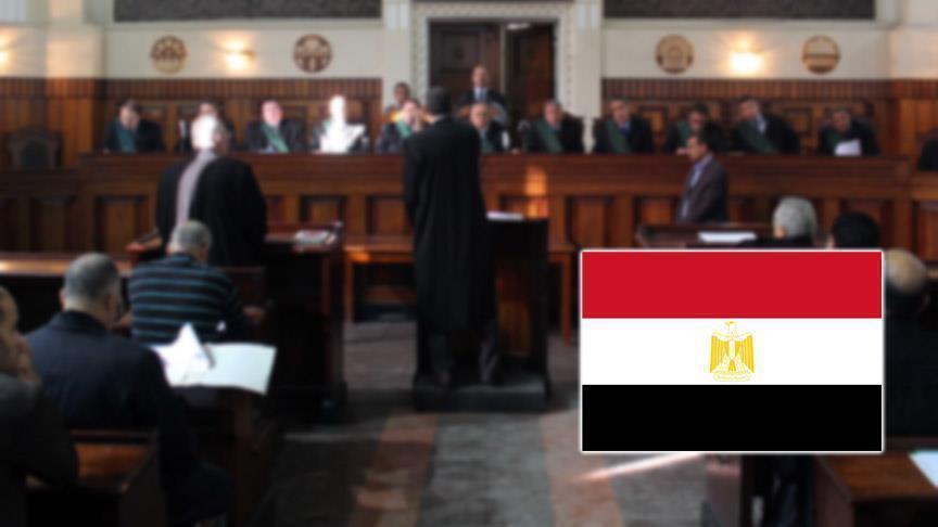 """أحكام عسكرية بمصر بسجن 483 مدنيا في أحداث أعقبت فض """"رابعة"""""""