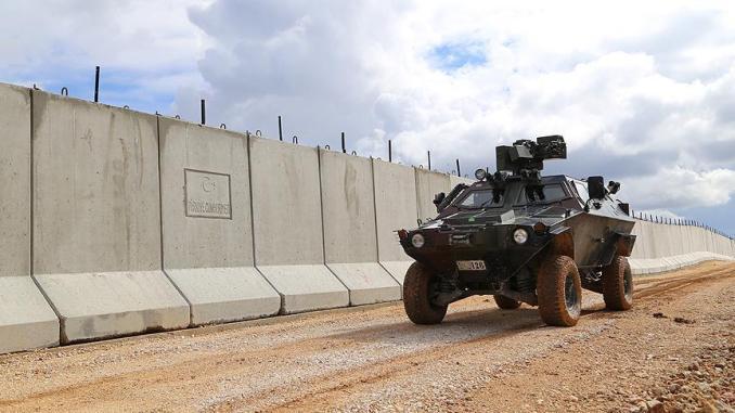 تركيا تشرع في بناء جدار أمني على حدودها مع إيران