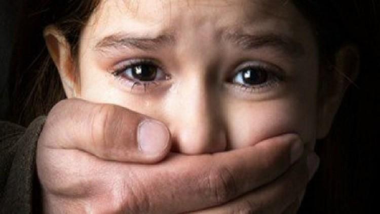 اشتعال الفيسبوك بسبب حكم اعتبر مخففا في حق مغتصب أطفال