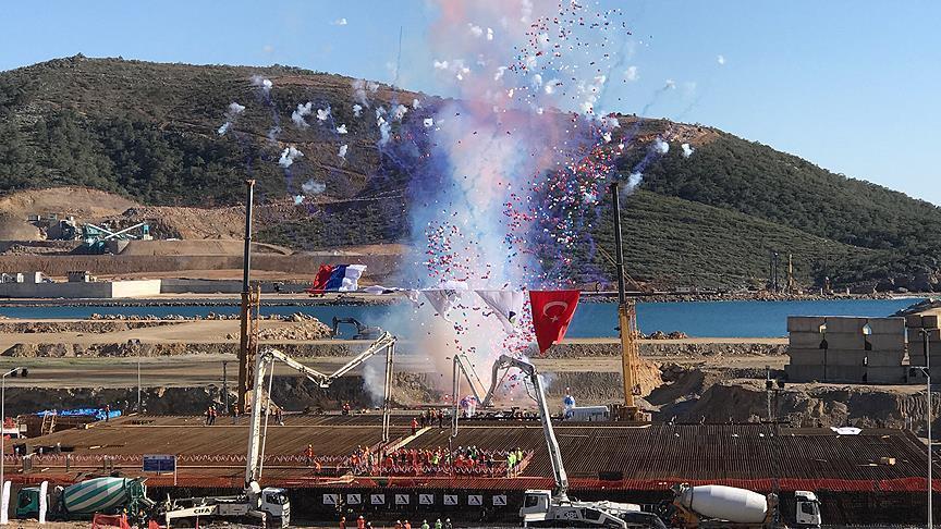 أردوغان يكسر عقودا من الفيتو الغربي ويبدأ تحقيق حلم تركيا النووي من محطة «أق قويو»