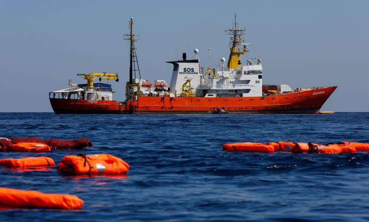 إنقاذ 156 مهاجرا غير نظامي قبالة سواحل إسبانيا