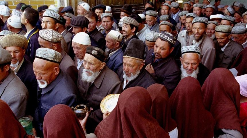 تقرير: باحثون يكشفون الوجه الآخر لمعسكرات إعادة تأهيل الأويغور بالصين