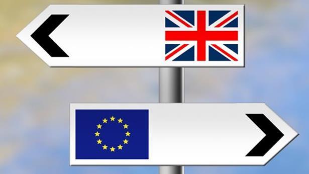 """البرلمان الأوروبي يحذر من عواقب """"مدمّرة"""" لبريكست دون اتفاق"""