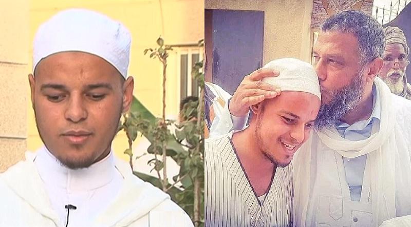 فيديو للطالب محمد الطيب.. الشاب الكفيف الذي قبل الشيخ الددو رأسه ويطلب العلم الشرعي في موريتانيا