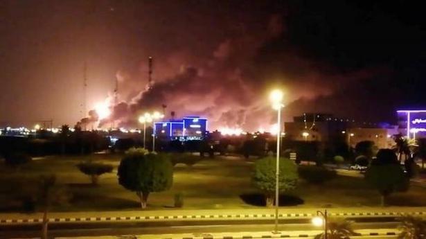 رويترز: هجمات أرامكو خططت لها ونفذتها إيران