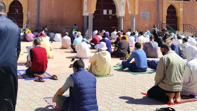 صلاة الجمعة وقت الصلاة