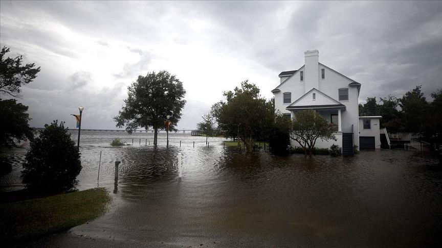 عاصفة قوية تجعل حاكمة نيويورك تعلن حالة الطوارئ